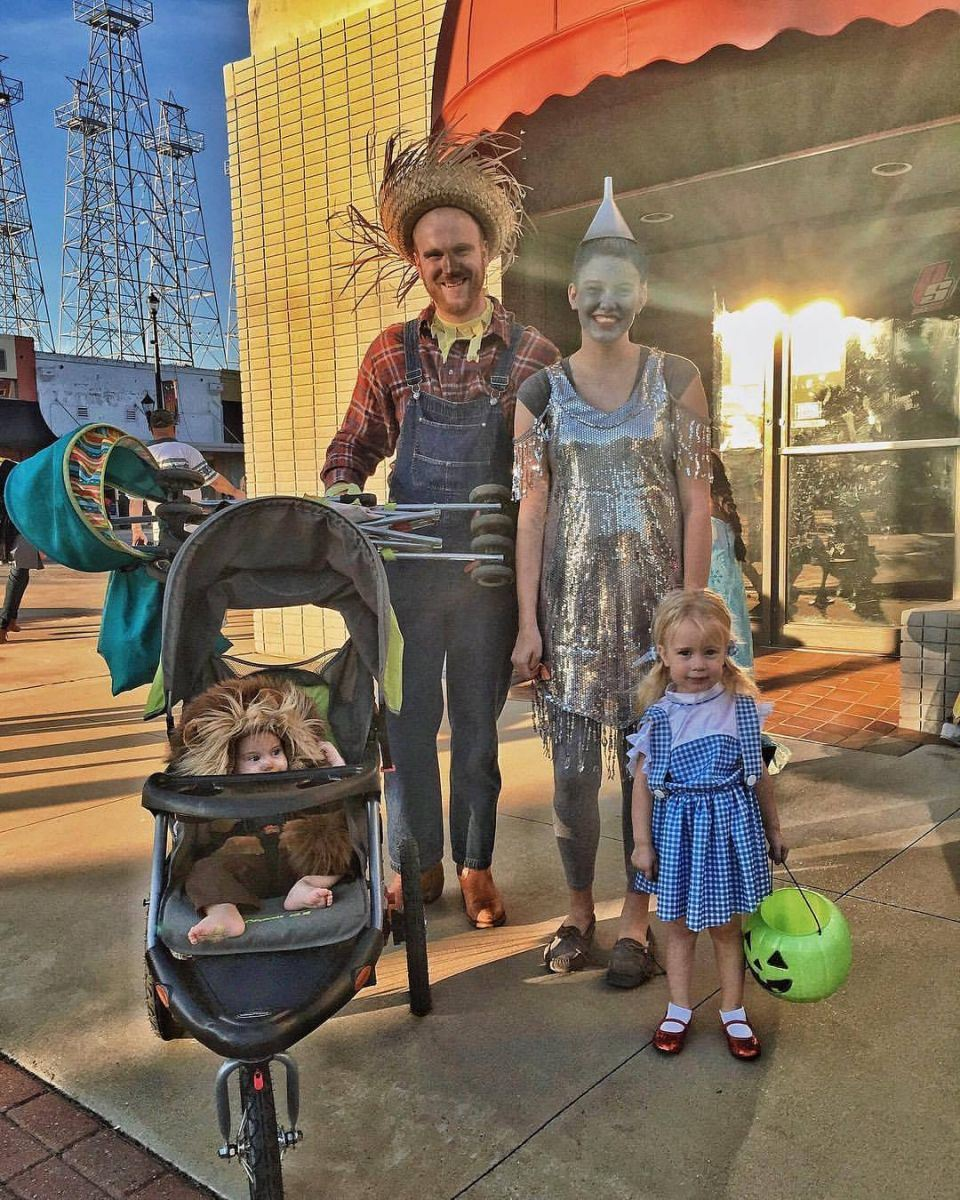 Family Dressed as the Cast from Wizard of Oz at Downtown Trick or Treat